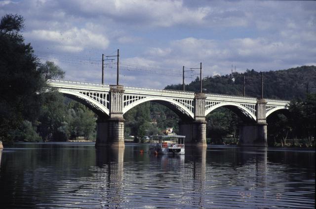 カオール鉄道橋(Cahor Railway Br)